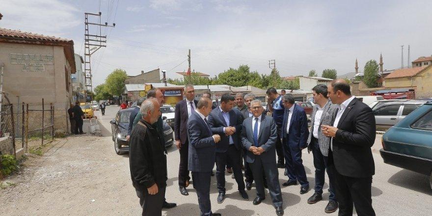 Başkan Büyükkılıç İki İlçeyi Ziyaret Etti