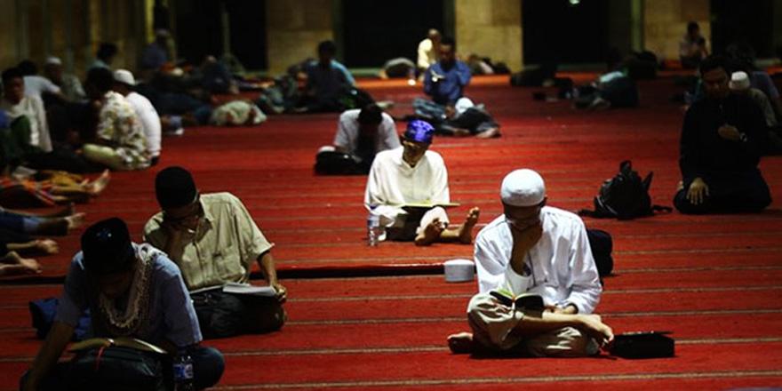 İtikaf için 11 bin 216 cami hazırlandı