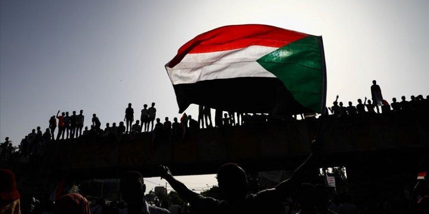 Sudan, İsrail'i boykot yasasını iptal etti
