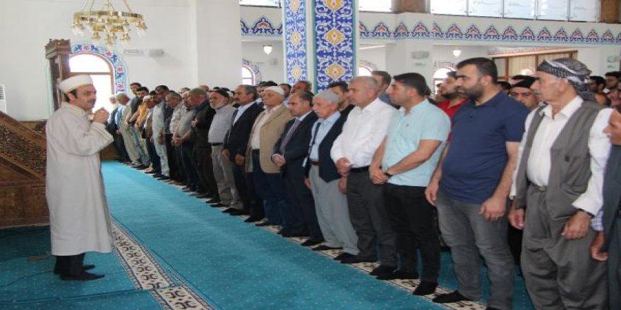 Şırnak'ta Mursi için gıyabi cenaze namazı