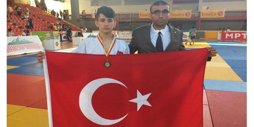 Selçuklu Belediyespor'dan Balkan şampiyonluğu