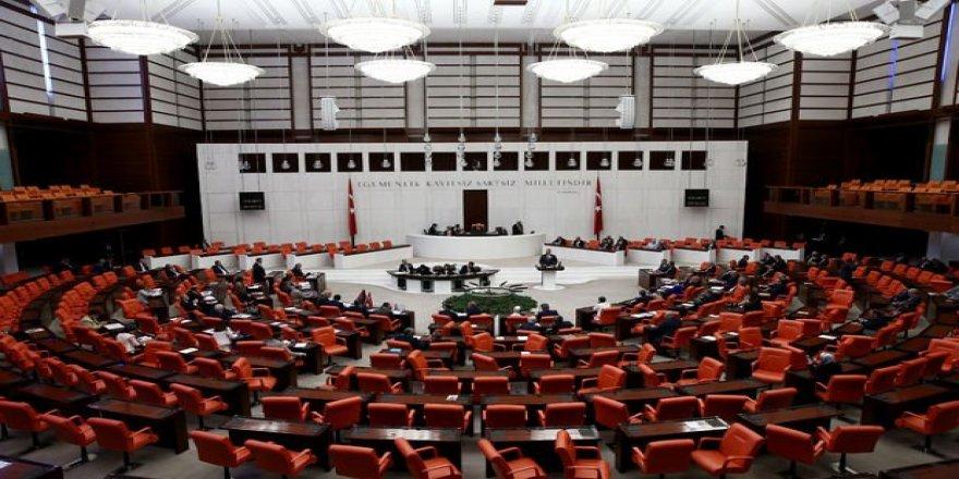 AK Parti kanun teklifini TBMM Başkanlığına sundu