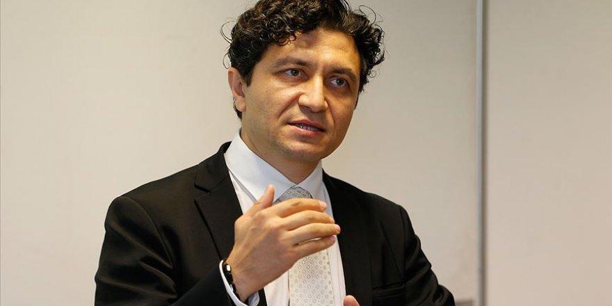 Türk profesöre ABD'deki dahiler kulübünden 'En İyi Araştırma Ödülü'