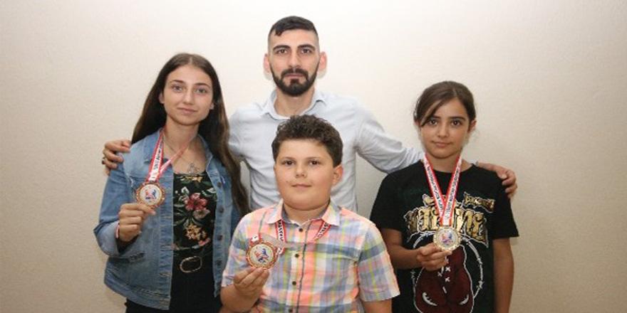 Beyşehir'in şampiyonları gurur kaynağı
