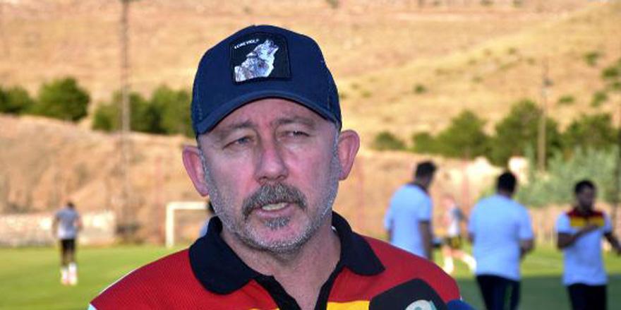 Sergen Yalçın'dan Fofana ve Jahovic açıklaması