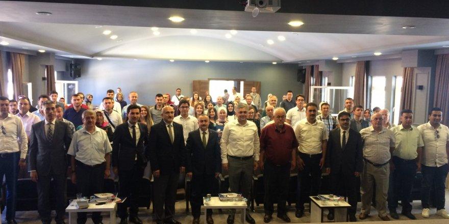 """Bozkır'da """"Eğitim Liderliği"""" semineri verildi"""