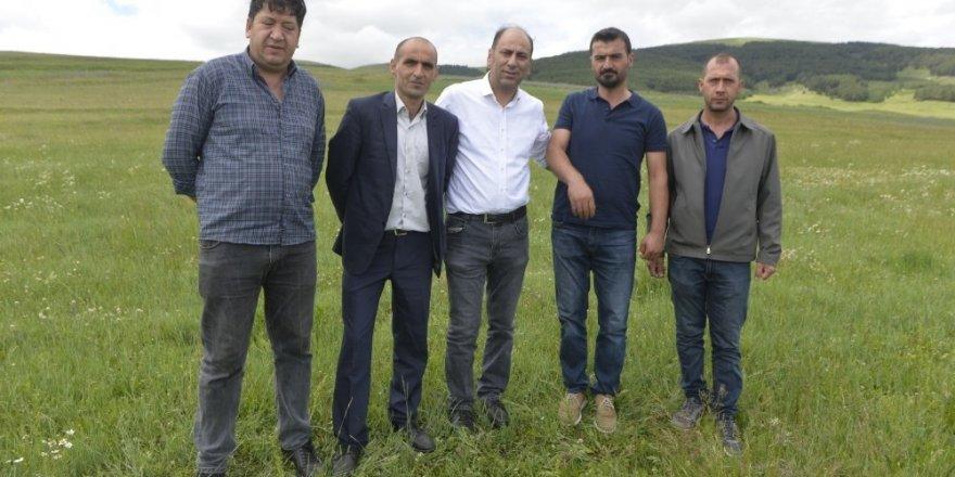 Göçerlerin Ardahan'a alınmaması kararına destek