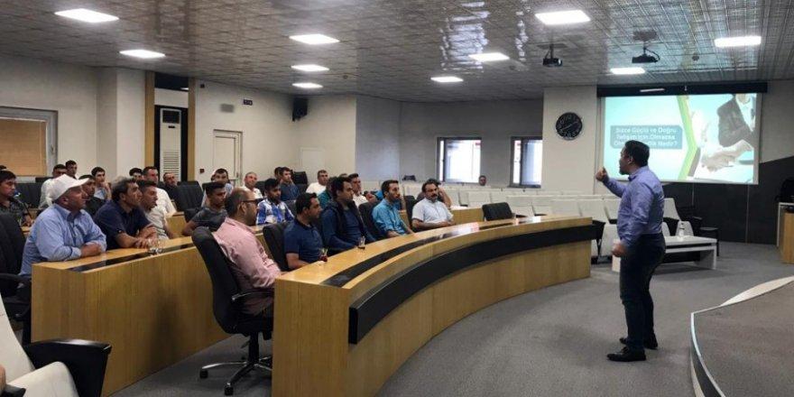 Otopark personeline iletişim semineri