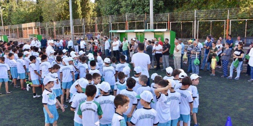 Salihli'de futbol yaz kursuna büyük ilgi