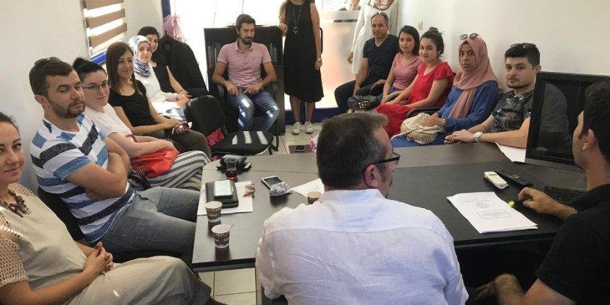 Kumluca'da öğrencilere tercih danışmanlığı hizmeti başladı