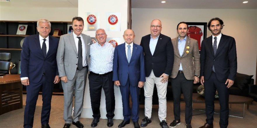Altınordu Başkanı Özkan'dan, Nihat Özdemir'e ziyaret