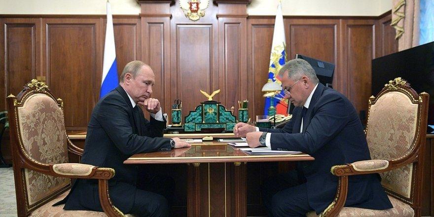 """Putin: """"Deniz kuvvetleri filosu ve ordu için büyük bir kayıp"""""""