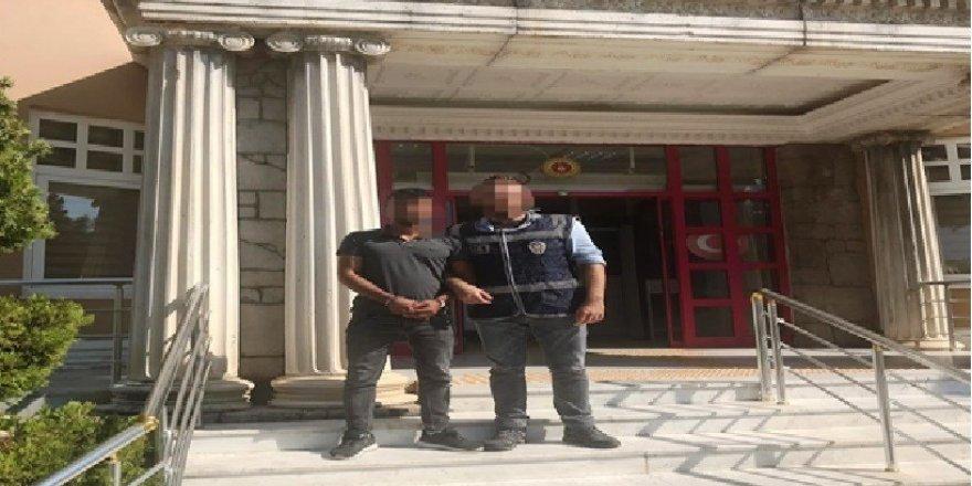 Aranan hırsızlık şüphelisi kovalamaca sonucu yakalandı