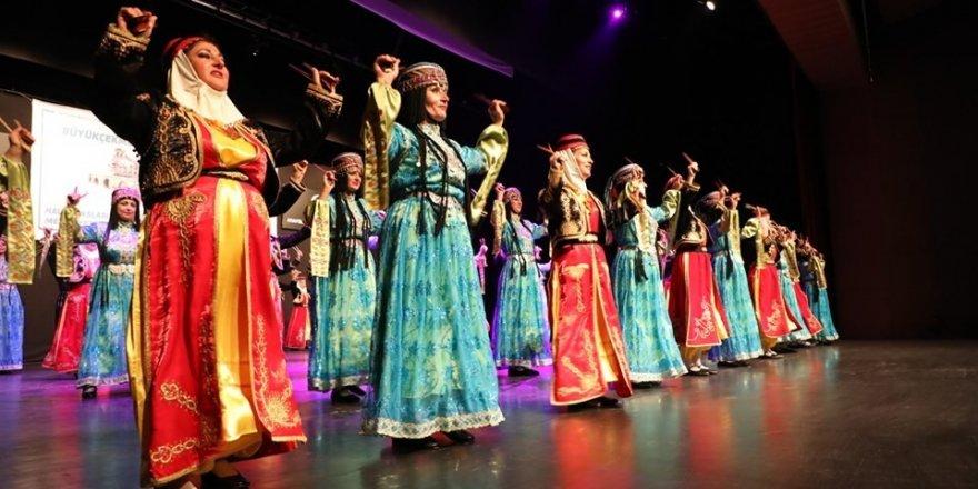 Altınköprü Halk Dansları Topluluğu geceye damgasını vurdu