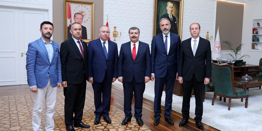 Konyaspor'dan Sağlık Bakanı Dr.Fahrettin Koca'ya ziyaret