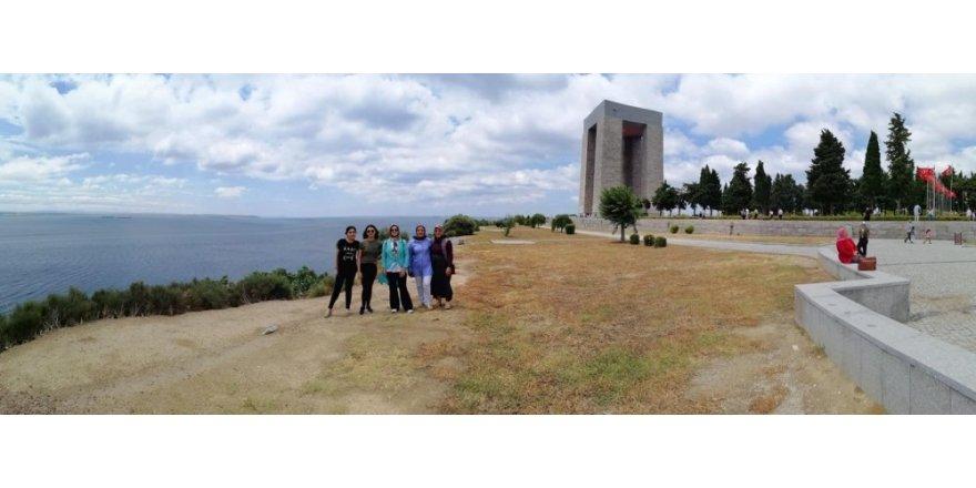 Bayanlar Çanakkale'yi gezdi