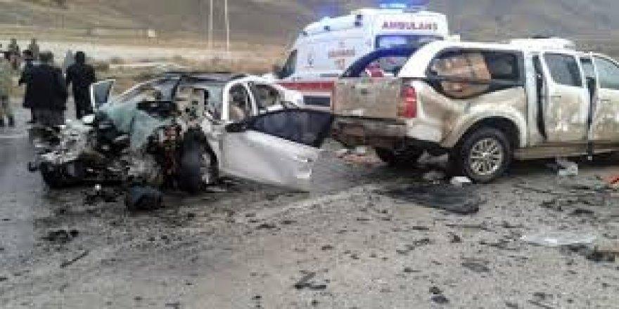 Van'da trafik kazası: 3 yaralı