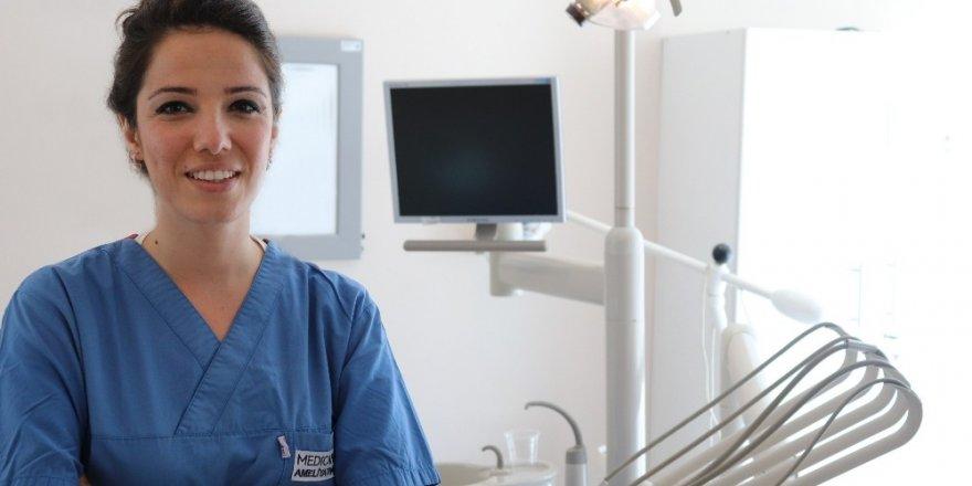 Diş hekimi korkusu olan çocuklara sedasyon yöntemi