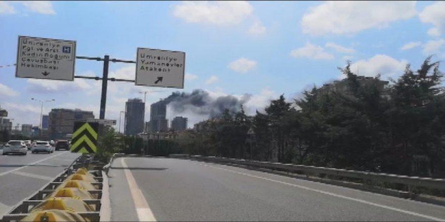 Ümraniye'de 29 katlı inşaatta yangın