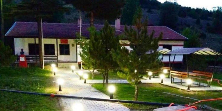 Yeniceköy'e gençlik merkezi açıldı
