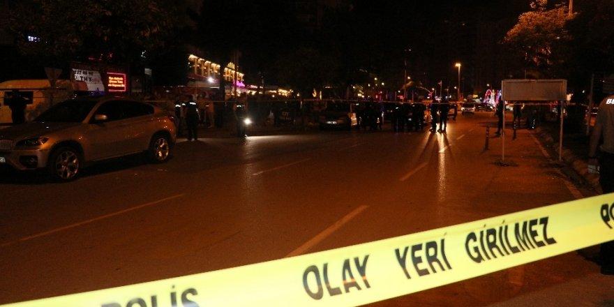 Otomobili gasp edildi, saldırgan sanılıp darp edildi