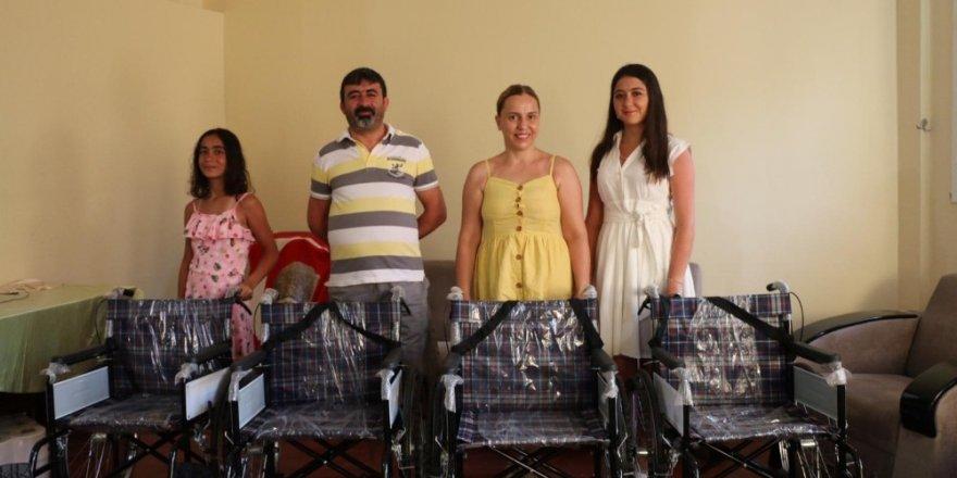 Tatile gelen aileden engellilere örnek duyarlılık..