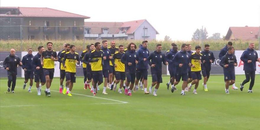 Fenerbahçe'nin Avusturya kampı başladı
