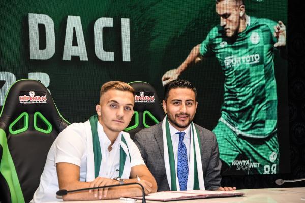 Konyaspor'da Erdon Daci'nin sözleşmesi 3 yıl daha uzatıldı