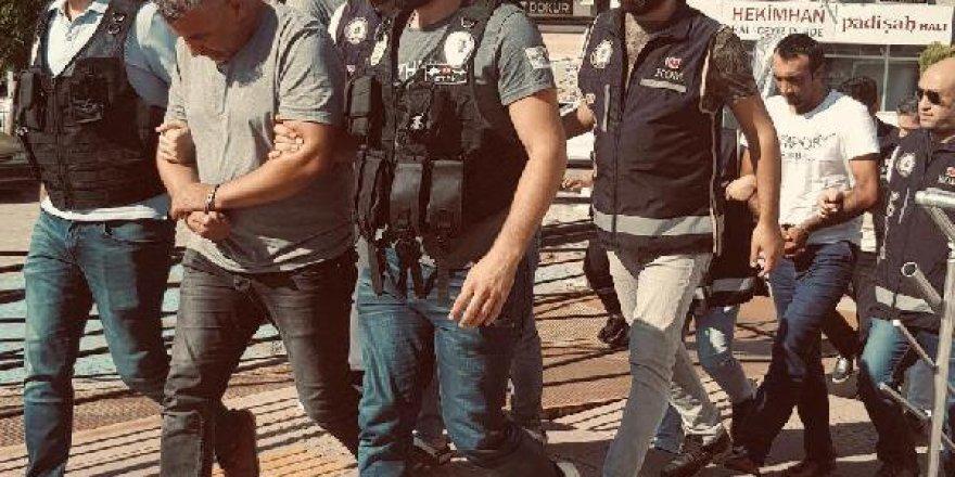 Edremit'te SGK'da yolsuzluk operasyonunda 2 kişi tutuklandı