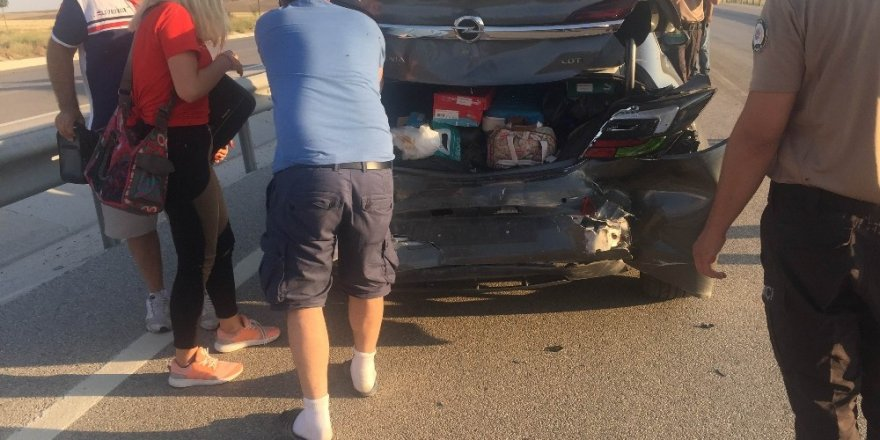 Konya'da otomobiller çarpıştı: 5 yaralı