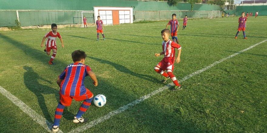 """Büyükşehirden Spor Okulları """"Yaz Ligi"""""""