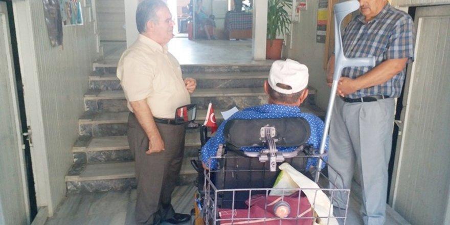Çalık, engelli vatandaşı dinledi