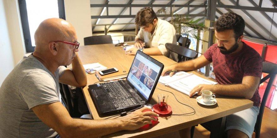 Mezitli'de kafe kütüphanelere ilgi artıyor