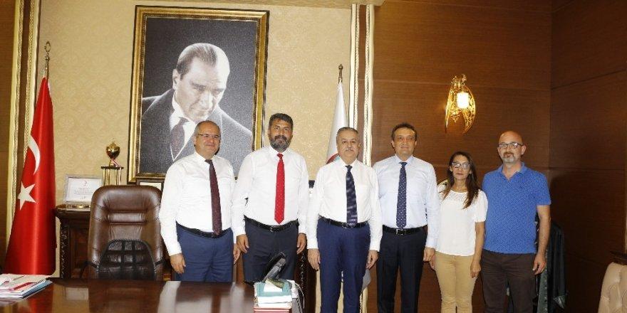 Baro Başkanı Yeşilboğaz, Vali Su ile kent protokolünü makamında ağırladı