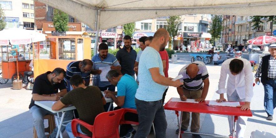 Sendika işçilerinin kan verme kampanyası çağrısına Kızılay görevlisi 'soruşturma yerim' tepkisi gösterdi