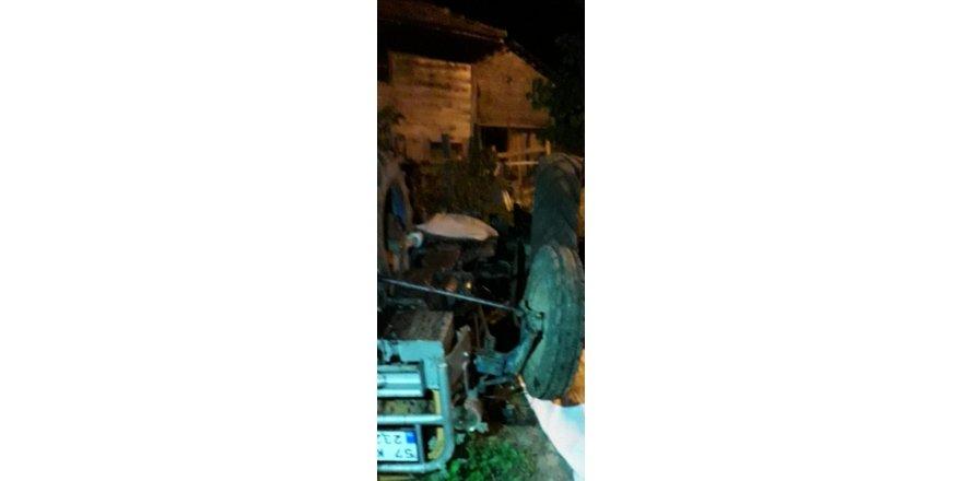 Sinop'ta traktör devrildi: 1 ölü