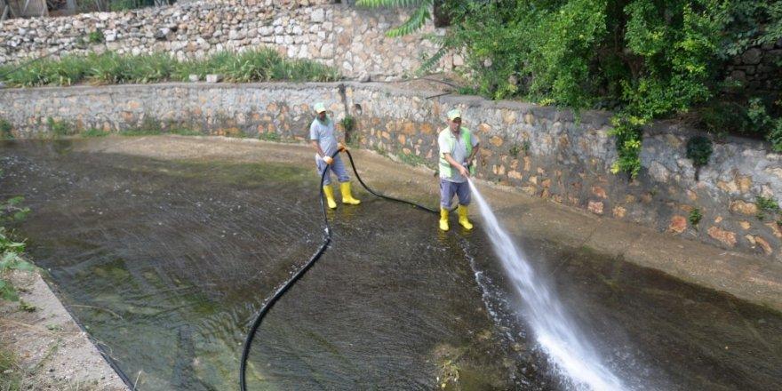 Bilecik Belediyesi'nden Dalakdere'de temizlik çalışması