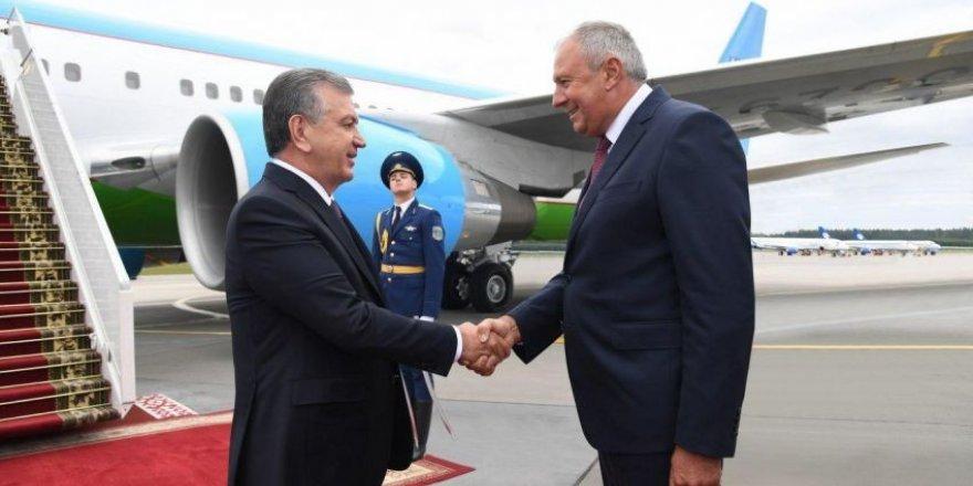 Özbekistan Cumhurbaşkanından Belarus'a ziyaret