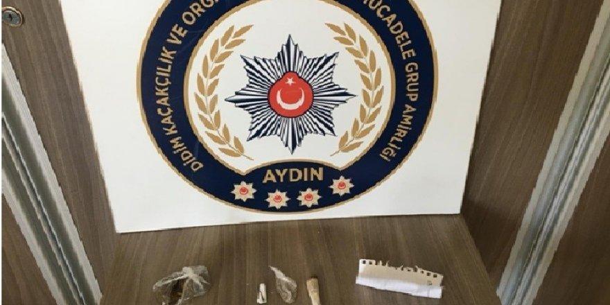 Didim'de şüpheli üç şahısta uyuşturucu ele geçirildi