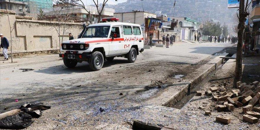 Afganistan'da yol kenarına yerleştirilen bomba patladı: 5 ölü 3 yaralı