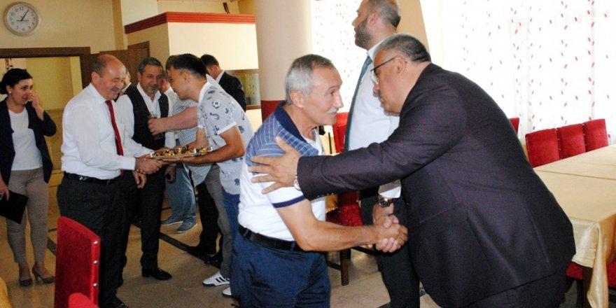 Karabük'te toplu bayramlaşma yasaklandı