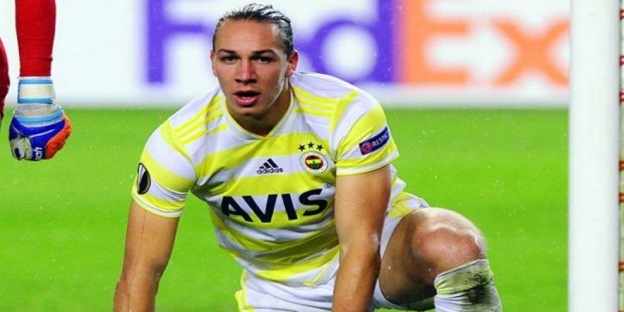 Fenerbahçe'de ayrılık! İmza için Almanya'da