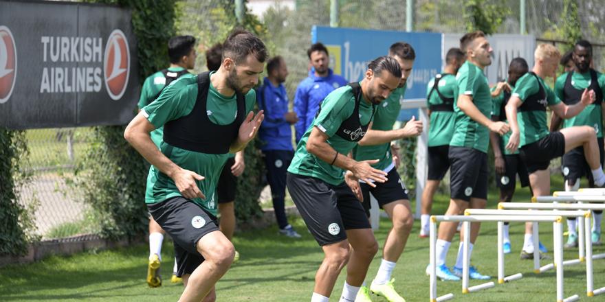 Konyaspor tempolu çalıştı