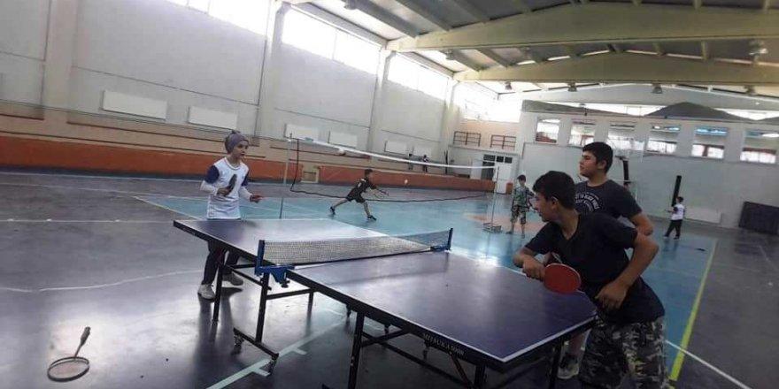 Hisarcık'ta Zafer Bayramı Masa Tenisi Turnuvası sona erdi