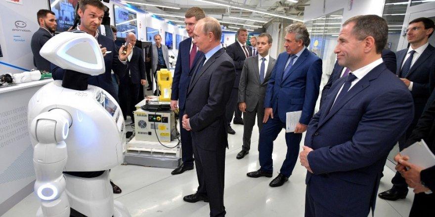 Robotlar 2030 yılına kadar Rusların yarısını işsiz bırakabilir