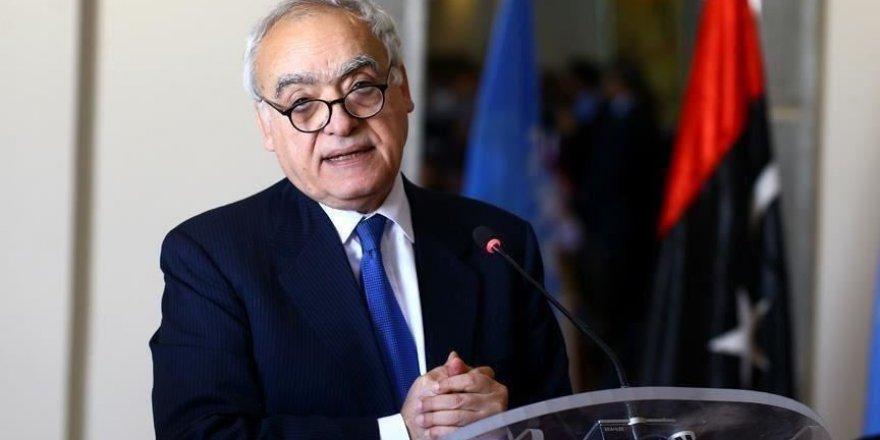 """Salamé: Haftar exige des """"garanties"""" pour un éventuel retrait des environs de Tripoli"""