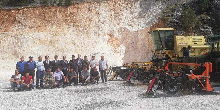 Derebucaklı çiftçilere makine ekipman desteği