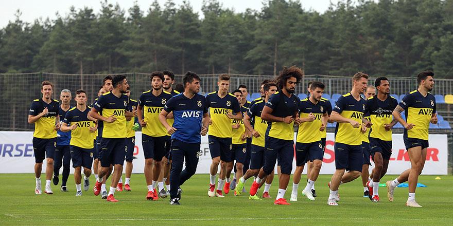Fenerbahçe'de forma rekabeti kızıştı