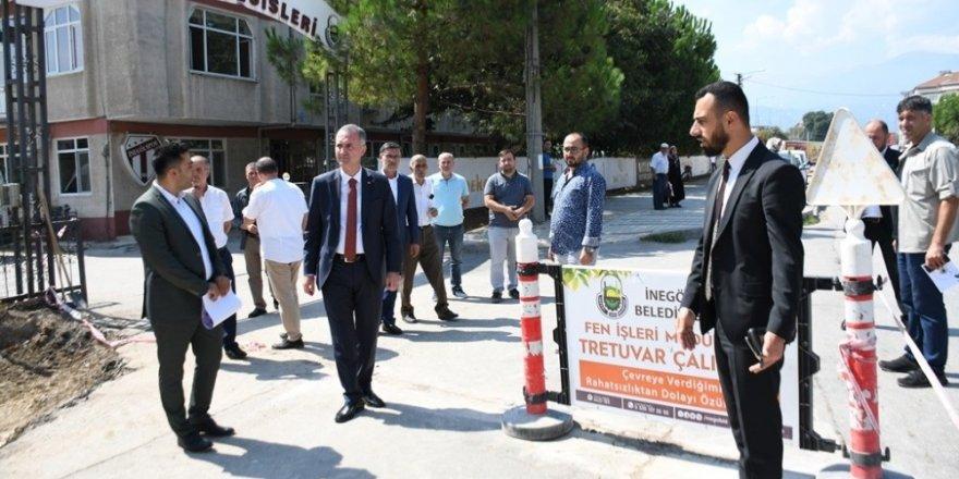 İnegöl Belediyesi'nden Burhaniye Mahallesi'ne otopark ve parke taşı