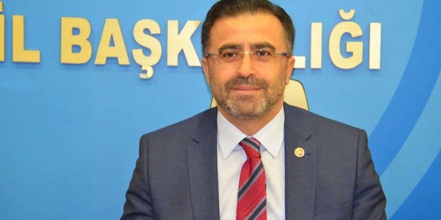 Ömer Ünal AK Parti'den istifa etti